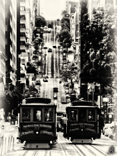 http://www.printedart.com/content/san-francisco-classic    Alessandro Giorgi: San Francisco ... Classic    Available with acrylic finish for a float-on-the-wall display in sizes up to 36 x 49 inches.