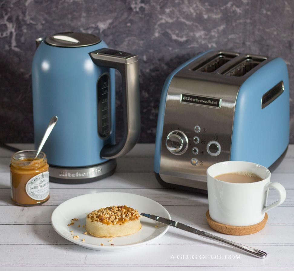 Kitchenaid velvet blue electric kettle and 2 slot toaster