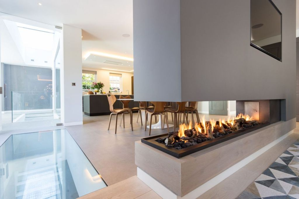 31 Gorgeous Double Sided Fireplace Ideas For Your Living Room Housedcr Contemporary Gas Fireplace Double Sided Gas Fireplace Modern Fireplace
