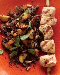 Quinoa salad w/ carrots & grilled chicken