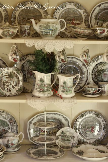 Have wanted this pattern forever~Johnson Brothers Friendly Village! & Friendly Village dishes. I donu0027t have a whole set of these but I ...