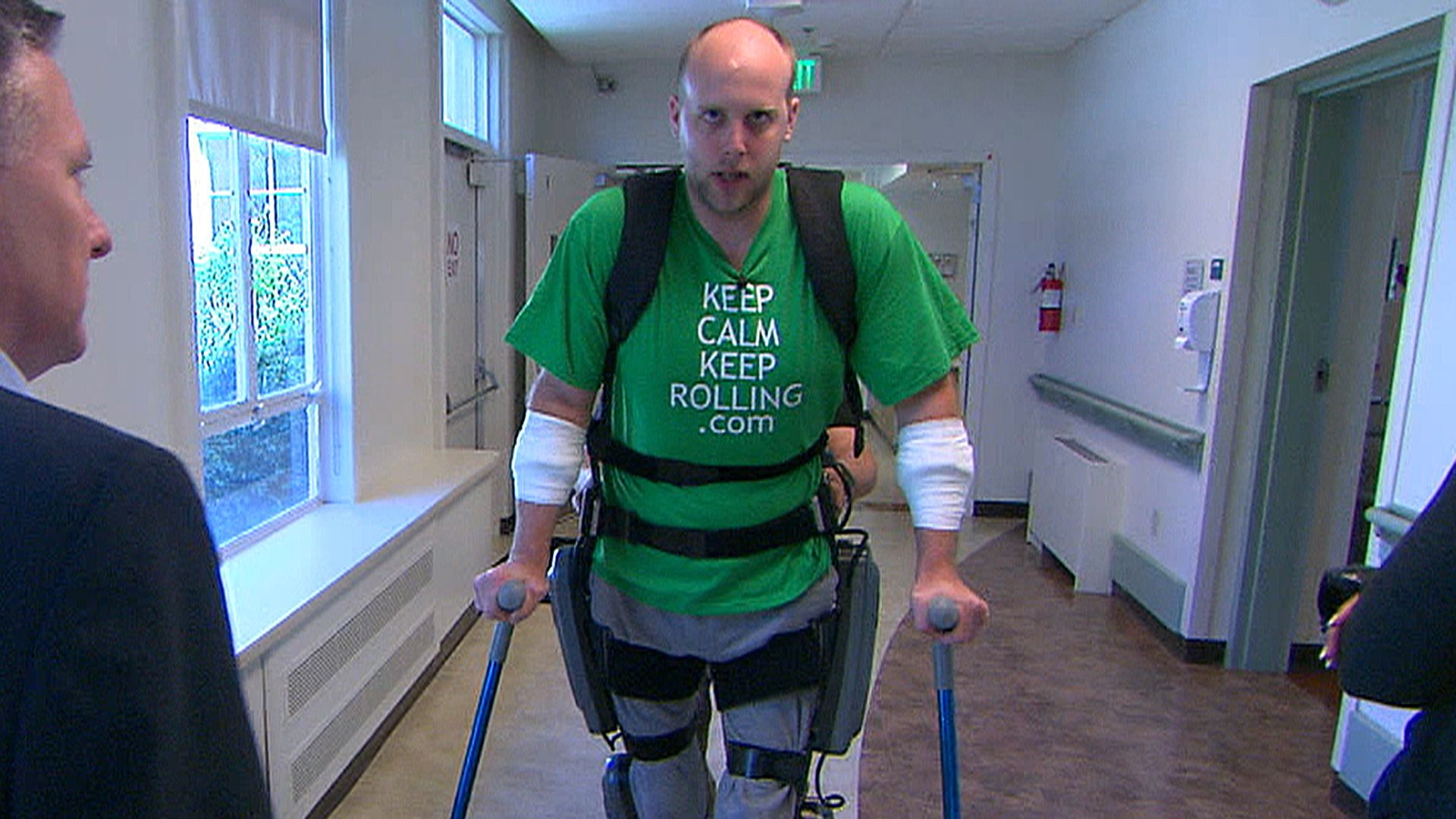 'Bionic' suit helps paralyzed patients walk again