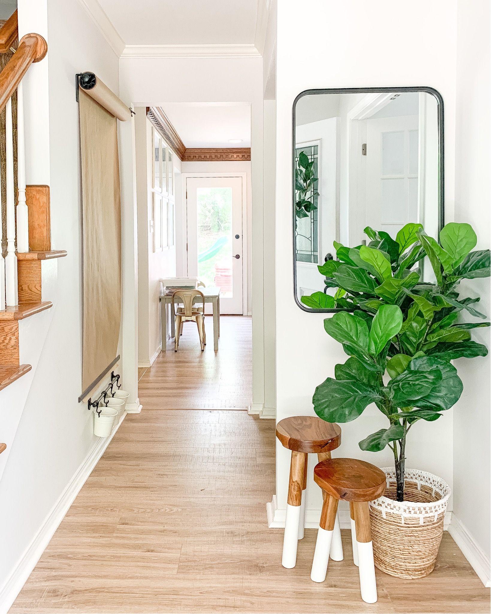 Mid Century Modern Home Decor From Amazon - check out this post full of amazon Home decor from amazon for your mid century modern home. #amazonhome #amazonfinds #amazondecor