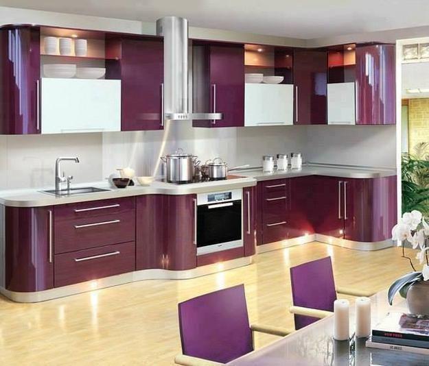 Purple And Pink Kitchen Colors Adding Retro Vibe To Modern Kitchen Design And Decor Lushome Italian Kitchen Design Kitchen Design Color Modern Kitchen Design