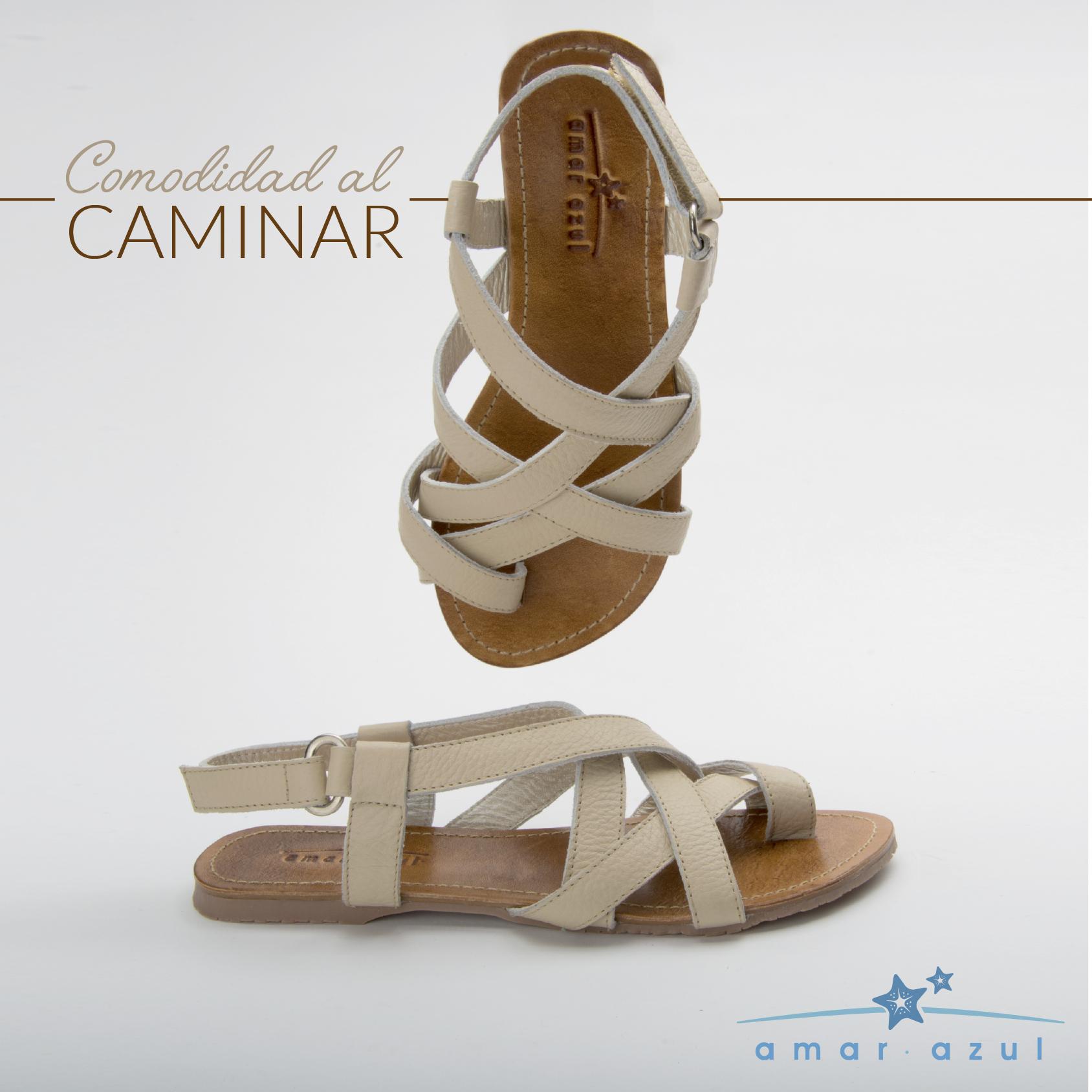 Nuestras #Sandalias en tono champaña aportarán un toque elegancia en tu #Outfit. Combínalas con tonos oscuros para lucir #Espectacular.