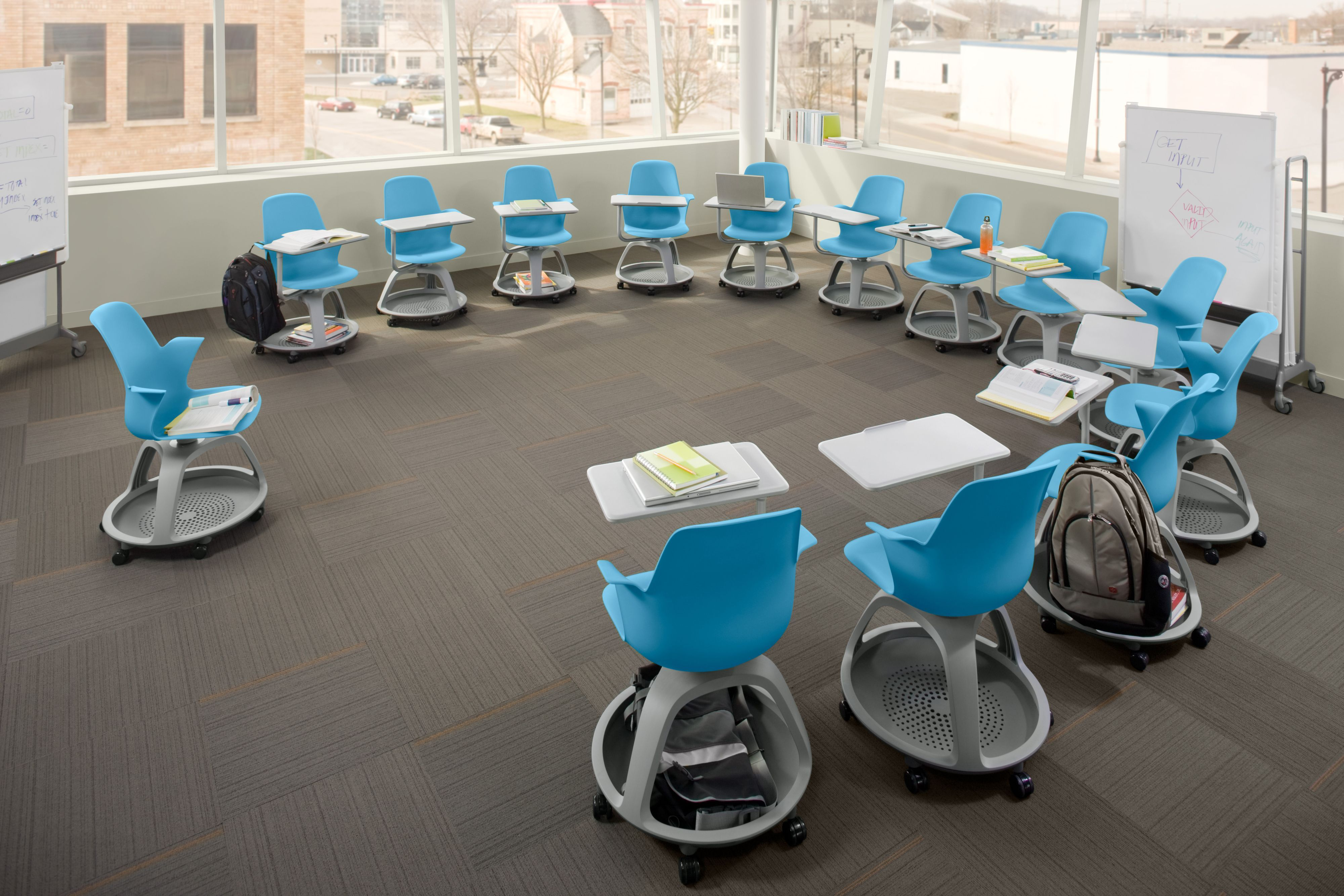 I D Love To Be In A Classroom With These Desks Modern Classroom