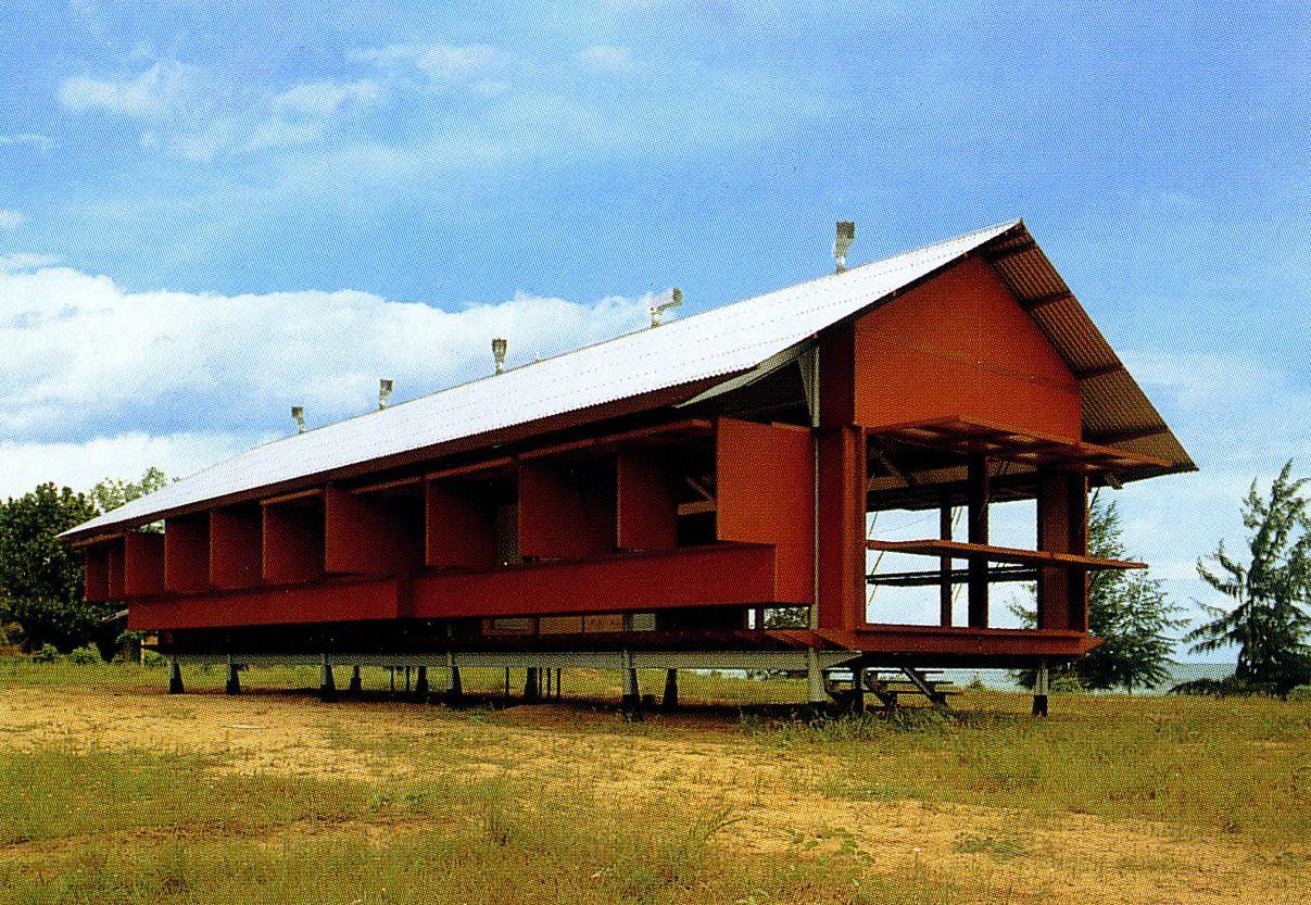 Glenn murcutt marika house 1994 yirrkala community for Australian architecture
