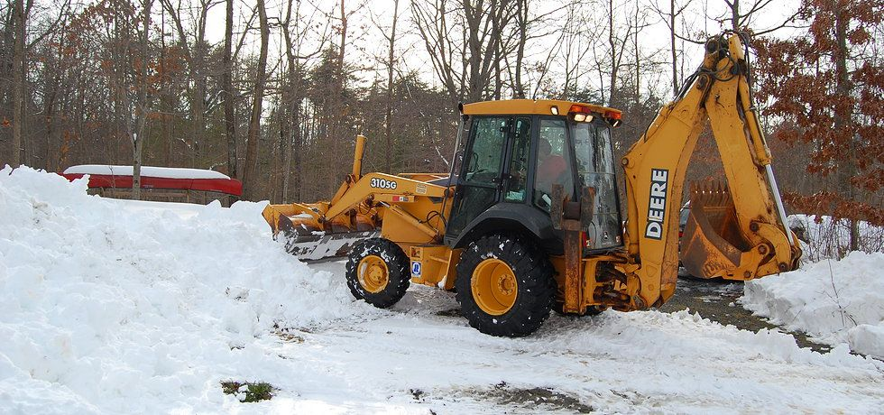 We are leading contractor of Commercial Snow removal in