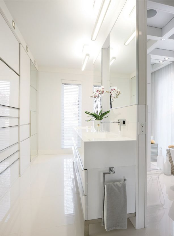 salle de bains tout en blanc d cormag salles de bains