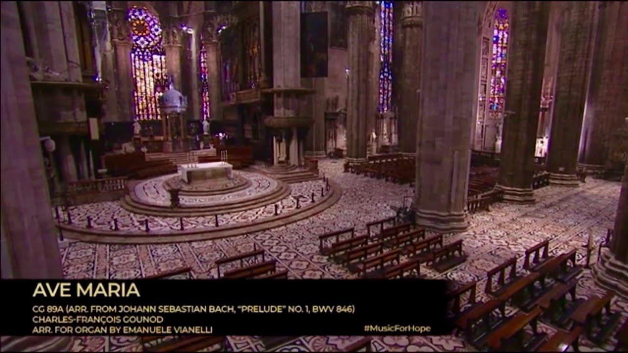Pin Em Andrea Bocelli