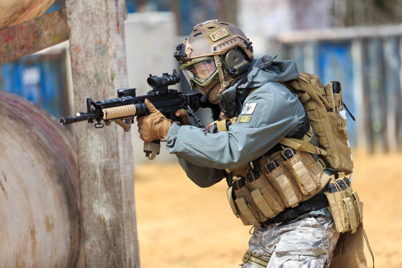Milsim paintball | military combat simulation scenarios at Paintball Mirabel | Mk3 training school for tough guys