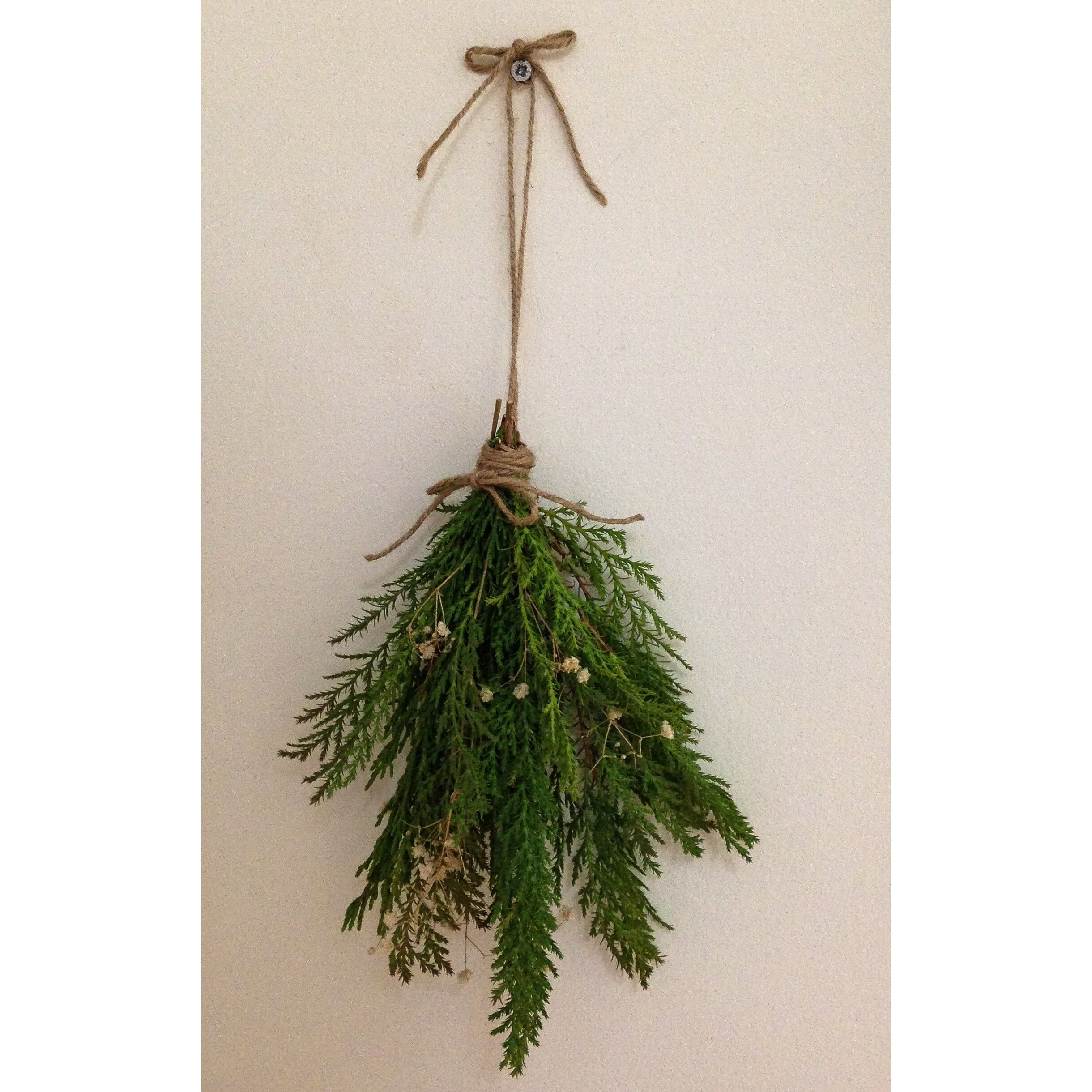 Fresh pine needles - love this little extra touch of Christmas which will add that wonderful pine smell!