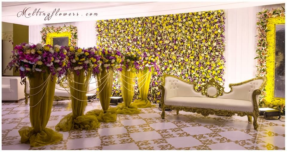 40 Ways To Decorate Your Wedding With Flower Walls! | Pinterest ...