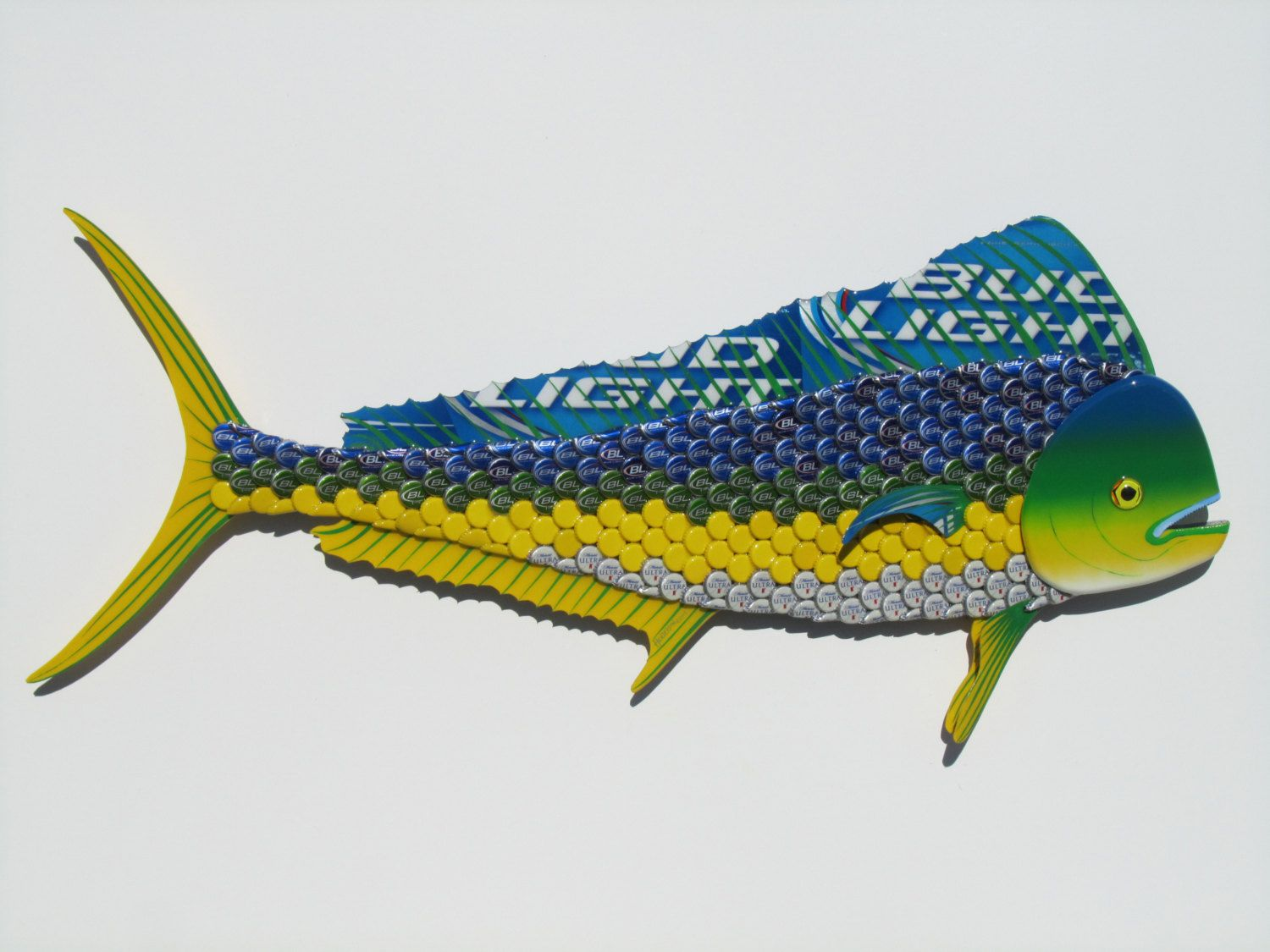 Bottle Cap Fish Metal Wall Art Mahi Mahi Dolphin Sculpture Etsy Metal Fish Wall Art Metal Wall Art Bottle Cap Crafts
