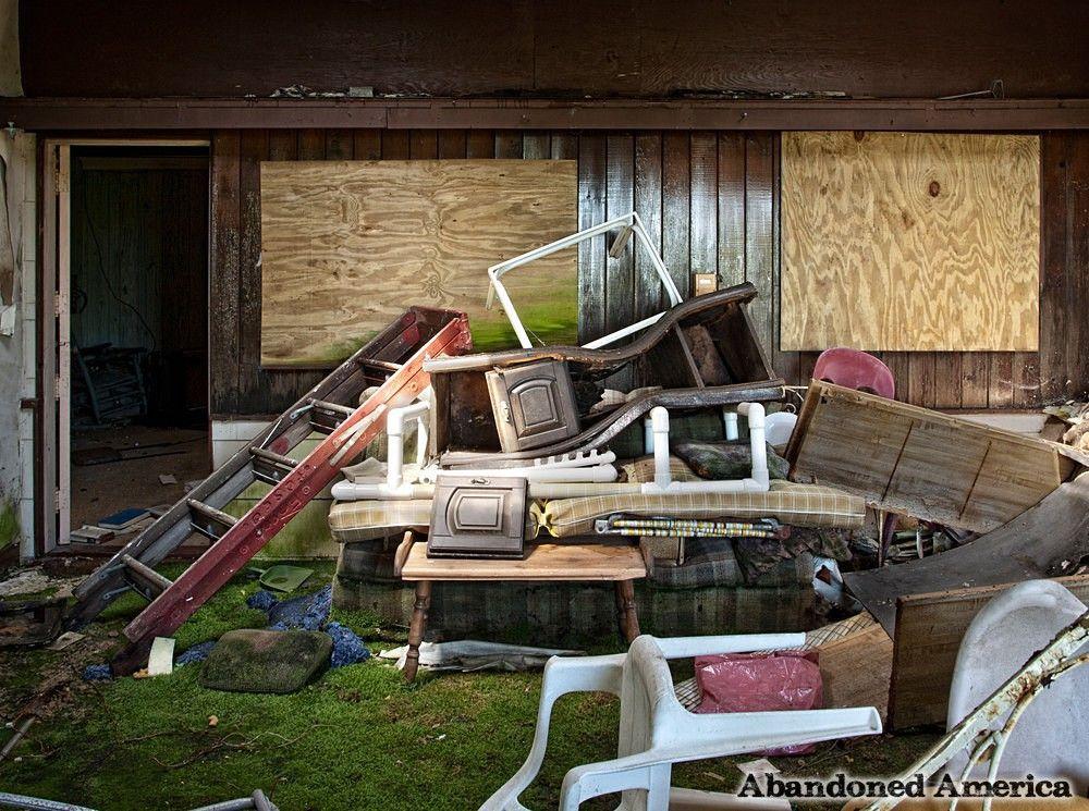 Long Beach Ct Abandoned Beautiful Homes Abandoned Houses