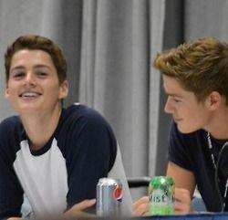 Finn and Jack | Finn harries, Jack harries, British youtubers