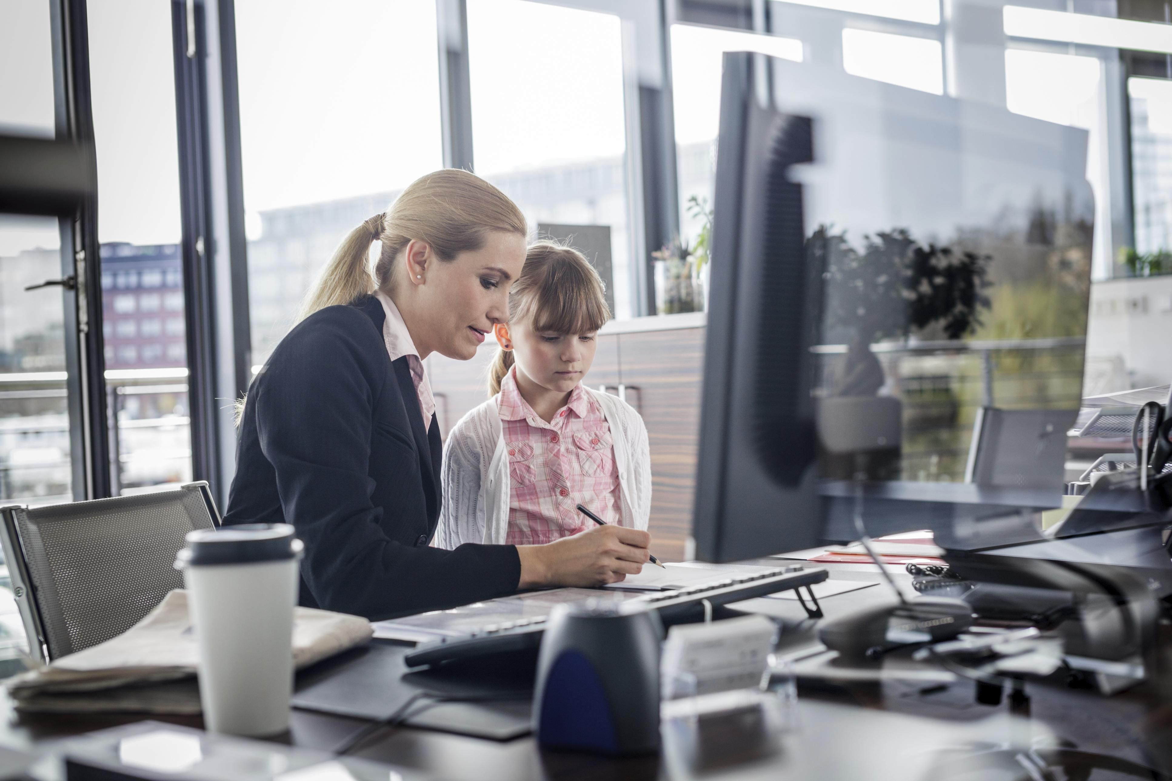 """5 Tips for """"Bring Your Child to Work"""" Day Working moms"""
