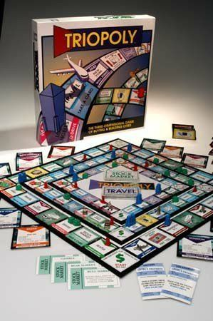 Amazon Com Triopoly Monopoly Style Game Board Game Toys Games