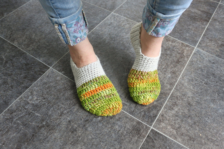 842d30011f9f4 Woman knitted socks Wool crochet slippers Soft slippers socks Indoor ...