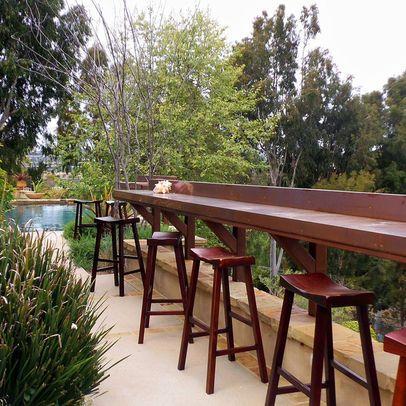Bar built into the deck railing   Patio bar, Deck bar ...