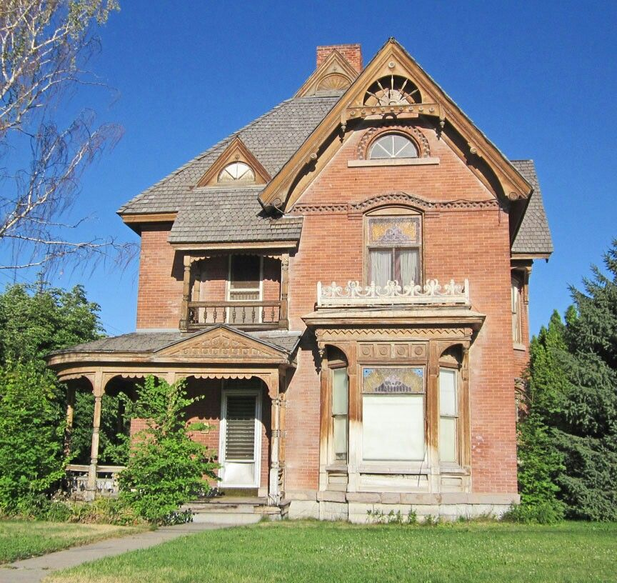 Old House In Logan Utah Victorian Homes Old Houses Abandoned Houses