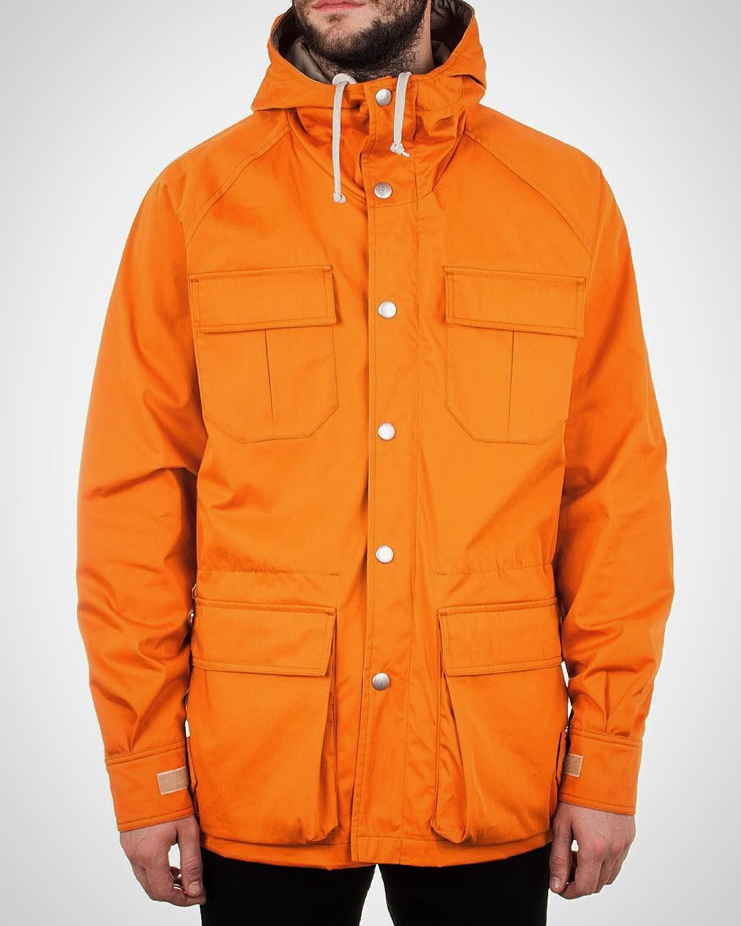 differently 18f92 c7f43 Online now Holubar. Shown here is the 1 for 1 replica of Robert de Niros  jacket as worn in The Deer Hunter. 360 gets you an iconic bit of  outerwear for ...