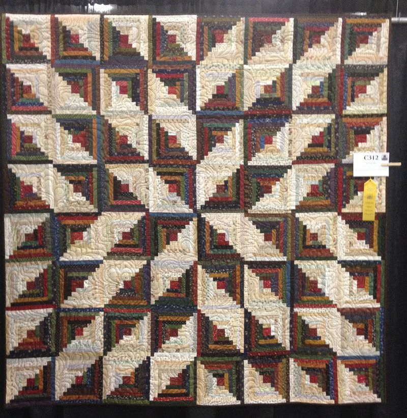 Merveilleux Inspiration :: Star Log Cabin Quilt By Wendy J. Thompson. This Can Be