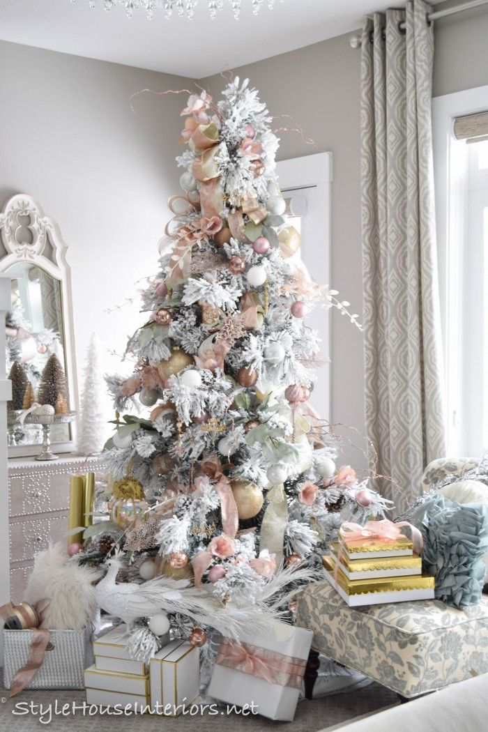 masterbedroom-christmas tour rose gold Christmas tree in the ...