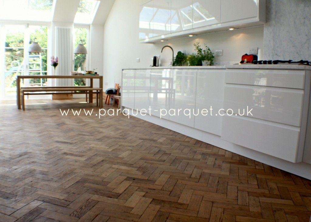 ENGLISH OAK Reclaimed Parquet Fitting Clean