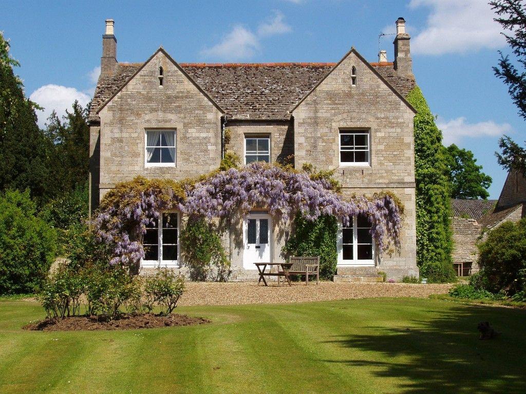 English Farmhouse Style