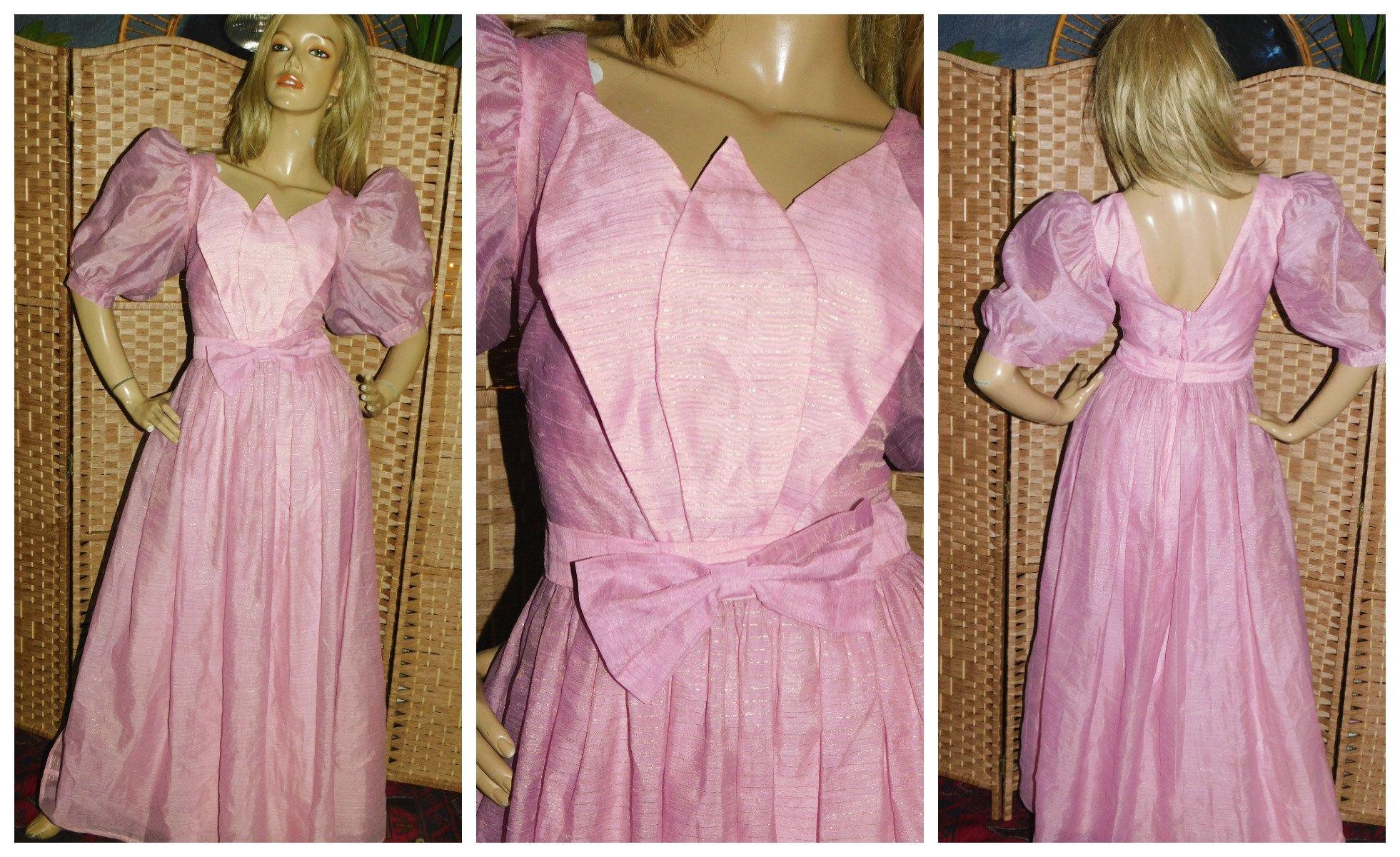 Vintage 70s 80s Dusky Pink Metallic Gold Petal Bow Origami Etsy Princess Prom Dresses Dresses Outer Dress [ 1200 x 1961 Pixel ]