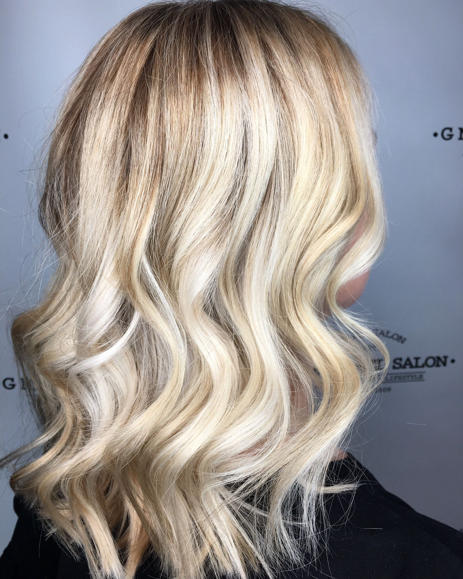 Beautiful Blonde Balayage By Indy S Hottest Hair Salons G Michael Salon Best Indianapolis Hair Salons Blonde Hair Color Trendy Hair Color Blonde Color