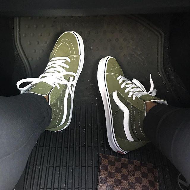 d51d146d6d6 Olive green Vans Sk8 Hi Sneakers