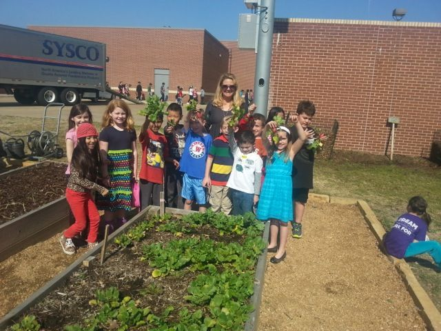 Success in the school garden at Wilson Elementary - Coppell ISD (TX)