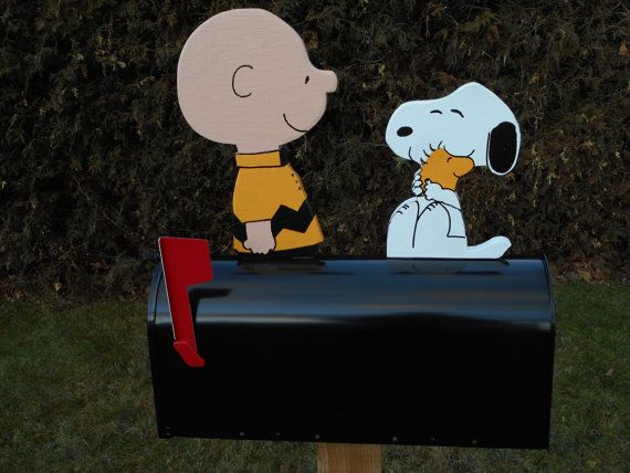 Novelty mailboxes  Snoopy & Charlie Brown mailbox  by mimidev