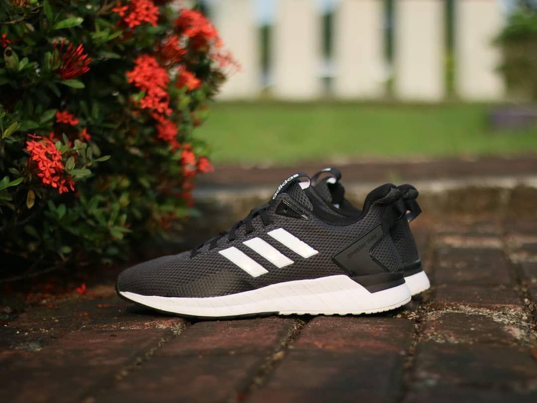 Hargalebaran Adidas Questar Ride Black White 100 Original