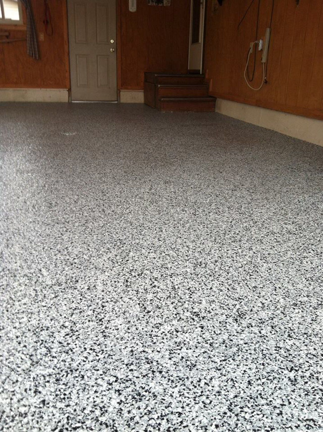 Decorative And Oil Resistant Epoxy Flake Garage Floor In