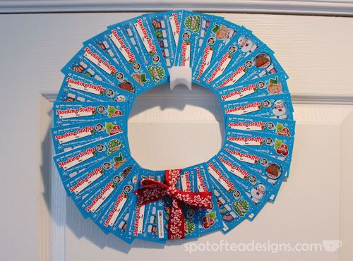 Christmas Grab Bag Gift Idea: Lottery Ticket Wreath. (Tip: Use Temporary  adhesive so and don't apply it over the barcodes!)   spotofteadesigns.com - Unique Present Wrapping Ideas Christmas Pinterest Gifts, Diy