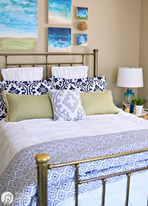 Best 10 Guest Room Essentials And Tips Guest Room Decor 640 x 480