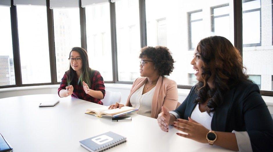 Para especialistas, competências das mulheres nos ...
