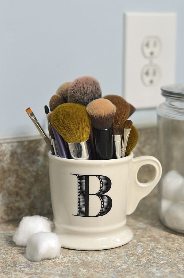 how i solved my makeup brush storage problem with an anthropologie monogrammed mug