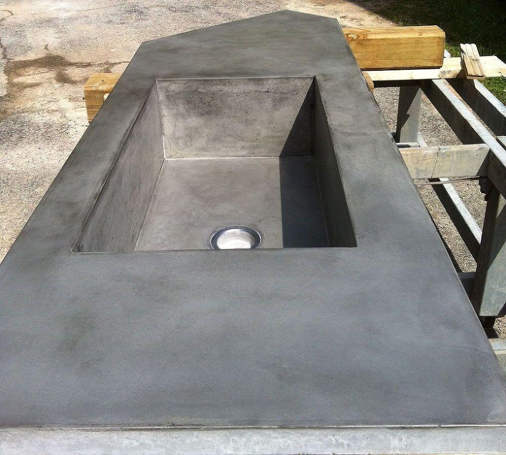 Concrete Countertop With Large Integral Farmhouse Sink Diy Concrete Countertops Concrete Countertops Kitchen Concrete Diy