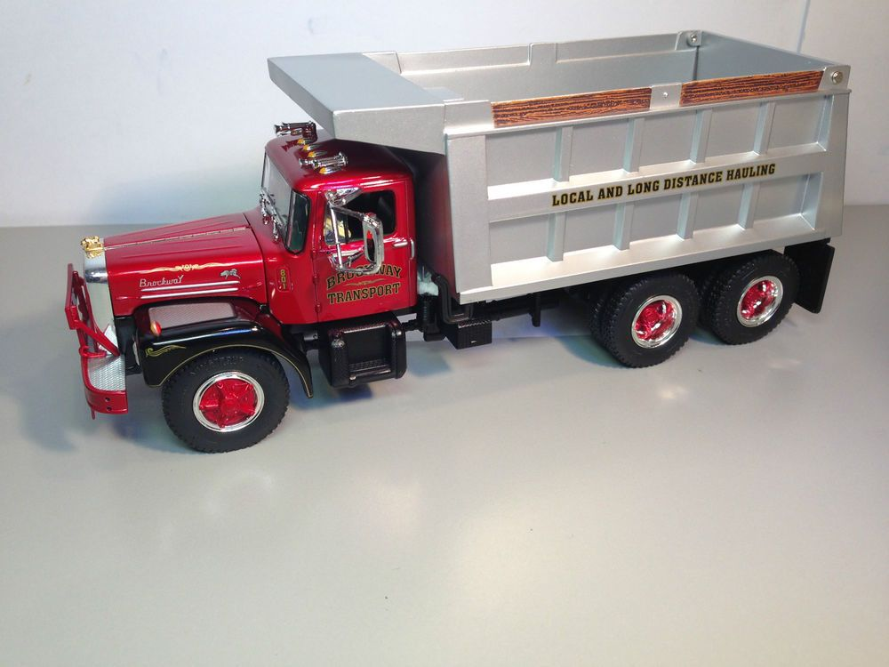 First Gear Mack Brockway Huskie Heavy Duty Dump Truck 1:34