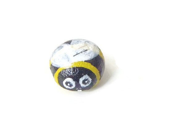 cute honey bee painted rock stone pebble yellow black bumblebee insect collection handmade painting miniature kawaii spring lasoffittadiste