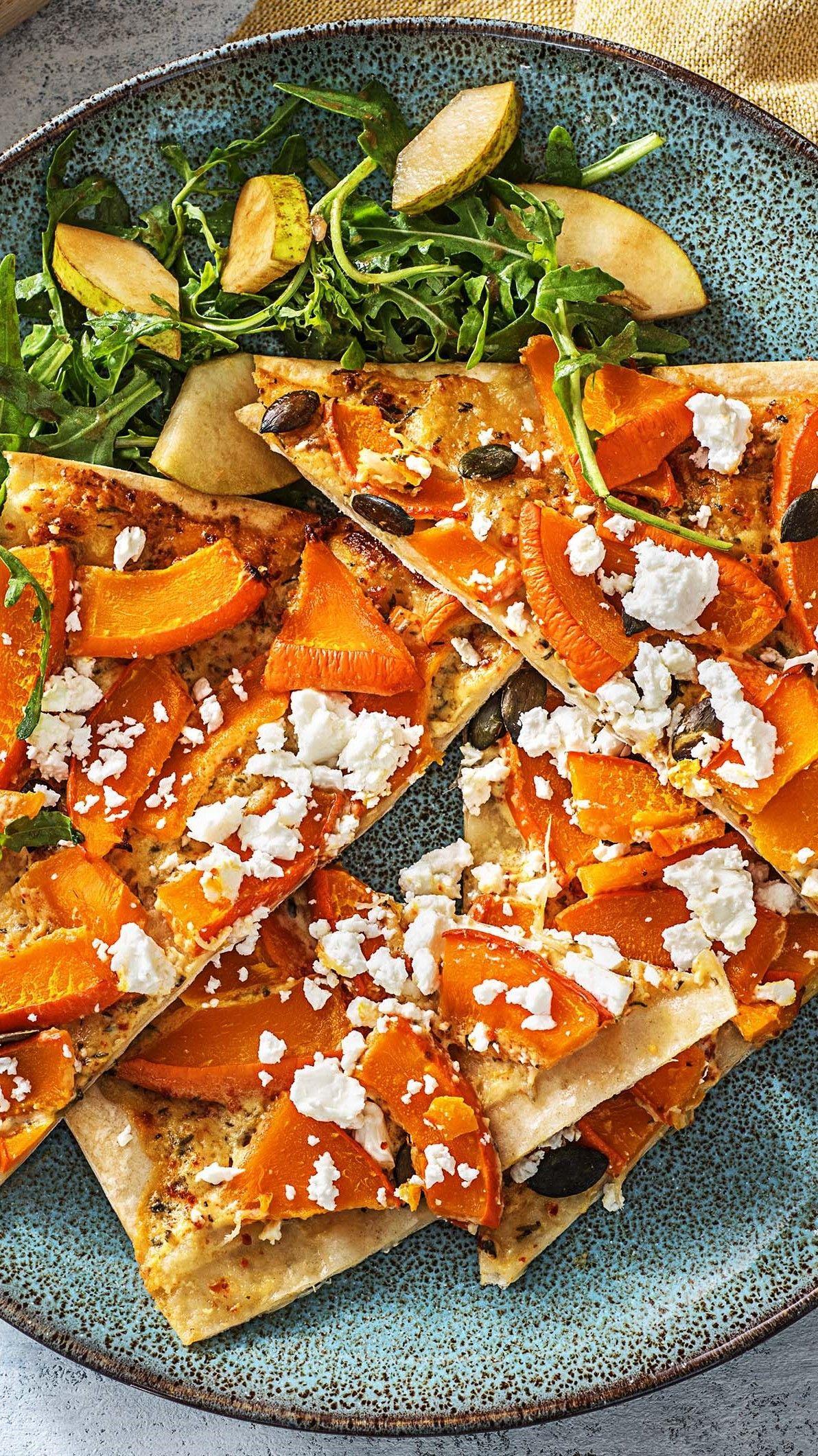 Herbstlicher Flammkuchen Rezept Hellofresh Rezept Rezepte Deutsche Kuche Rezepte Rucola Salat