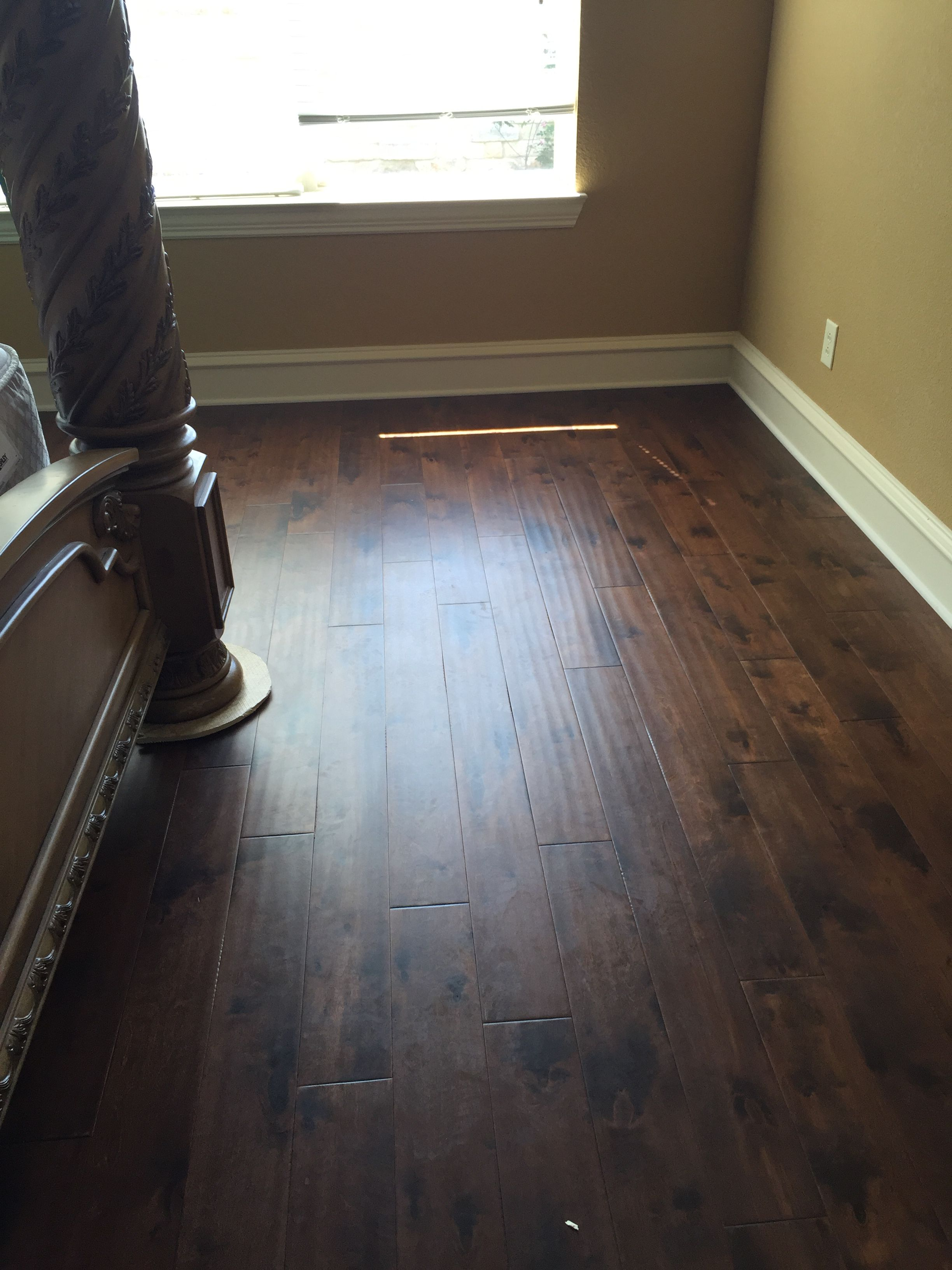 Dark Hand Scraped Hickory Wood Floor With Images Hickory Wood