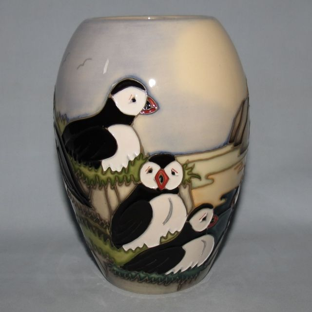 Moorcroft Puffins 1025 Vase Old Moorcroft Moorcroft Musings