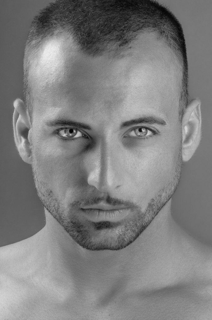 Caduta dei capelli maschile: cause e rimedi - Notizie In ...