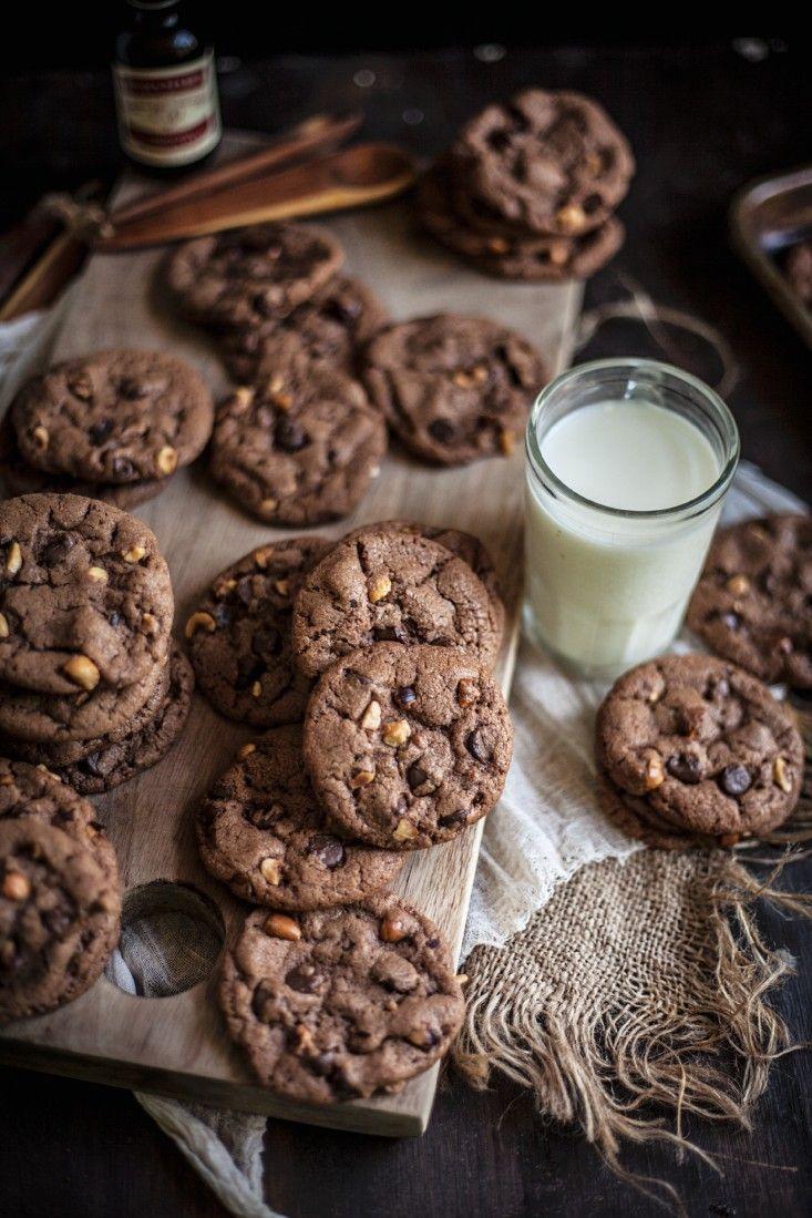 schoko cookies mit n ssen rezept kleingeb ck cookies schoko cookies rezept kekse und. Black Bedroom Furniture Sets. Home Design Ideas