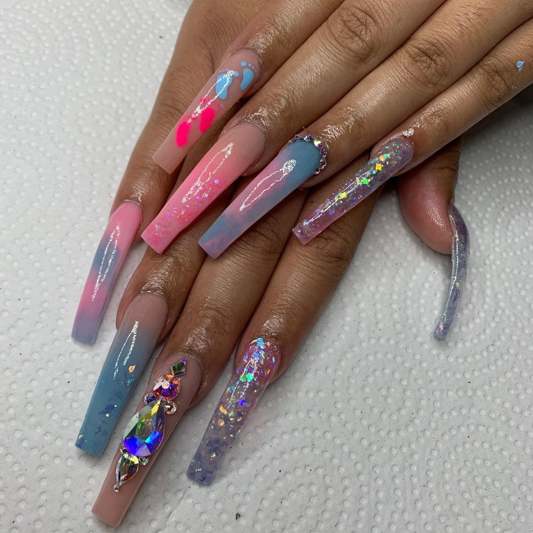 4 402 Likes 17 Comments Self Taught Nailsbyzayy On Instagram Gender Reveal Nails Gender Reveal Nails Long Acrylic Nails Nails